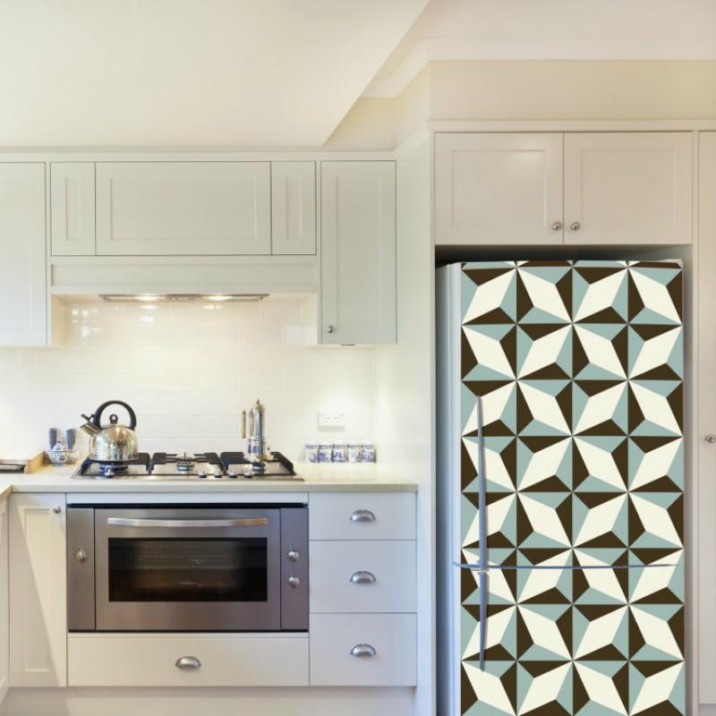 Nameščanje dekorativnih nalepk na steno