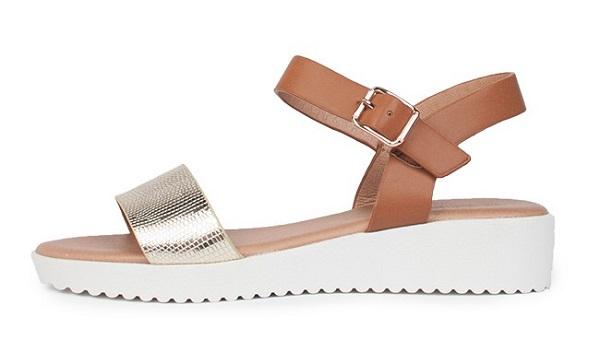Poletni ženski sandali nudijo veliko izbiro različnih modelov